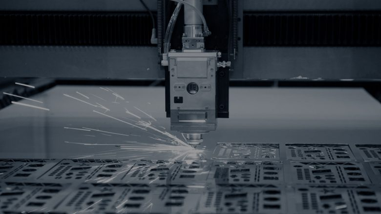 laser cutting besi